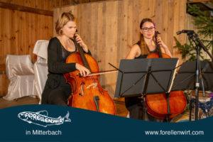 Cellistinnen Carmen und Marlene Duschlbauer